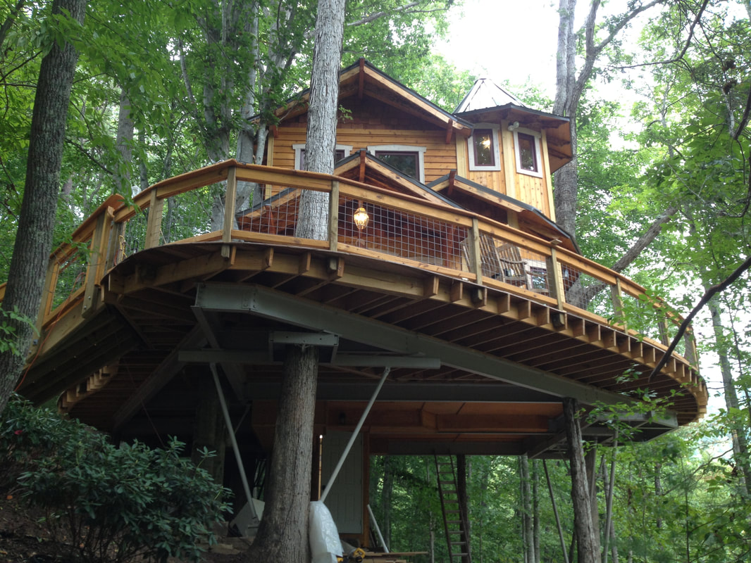 creative treehouse design